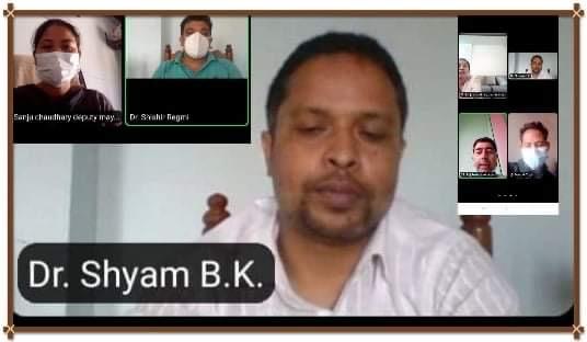 काेहलपुरमा हाेम आइसाेलेसनमा बसेकालाई  अनलाइन परामर्श